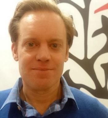 Evans Peters incontri Collegare lapp SMS